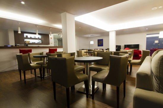 Hotel Vila d'Obidos: lounge bar
