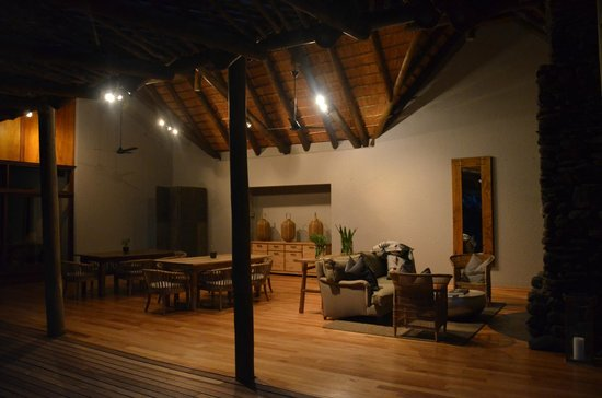 Lion Sands - Tinga Lodge: main area