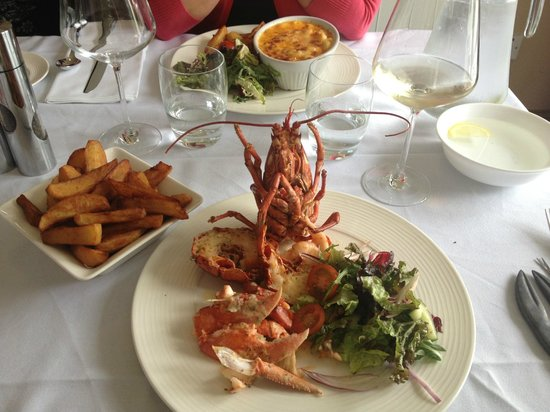 Scalloway Hotel Restaurant: My delicious local lobster - I defy you not to salivate!