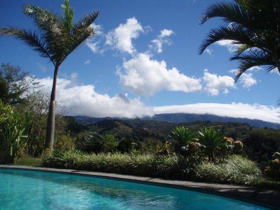 Hotel Paraiso Rio Verde: area piscina
