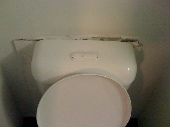 Travelodge Resort Darwin: Very poor the condition of the room and not 4 star?