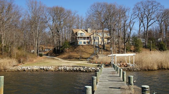 Laurel Grove Inn on the South River: View of the Inn from the pier on the South River.