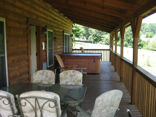 Barkwells, The Dog Lovers' Vacation Retreat: Huge Covered Porch with Plenty of Seating and Hot Tub
