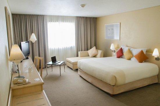 Novotel Monterrey Valle: Superior one king bed room