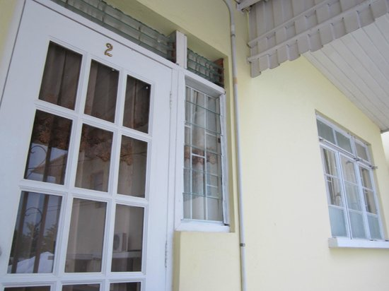 Chateau Blanc Apartments on Sea: The door to Annex 2
