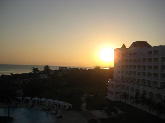 Grand Bahia Principe Jamaica: Sunrise view from our room