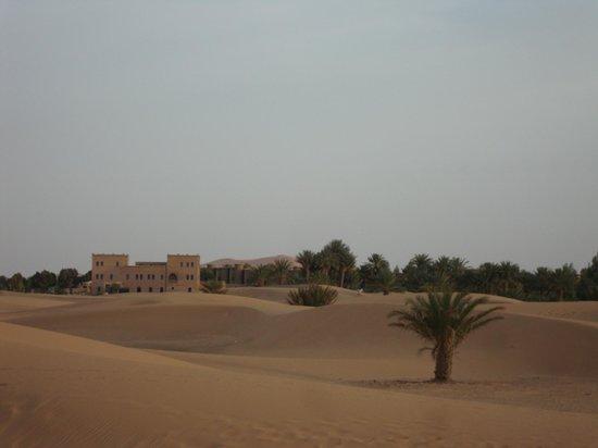 Hotel Ksar Merzouga: vue de l hotel