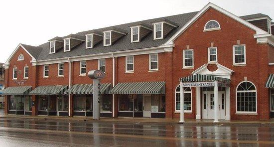 Wayne County Historical Museum: Wayne County Museum
