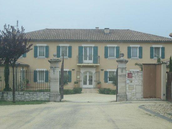 Hotel La Bastide d'Iris : french villa