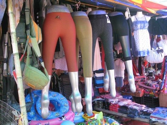 Phosi Market: Inflated Display for leggings