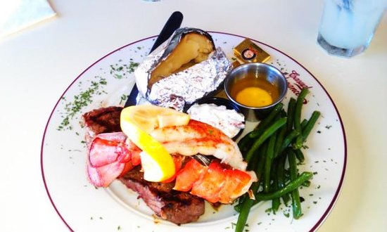 VIa Birch Bay Cafe and Bistro: Under $20.00 a treat