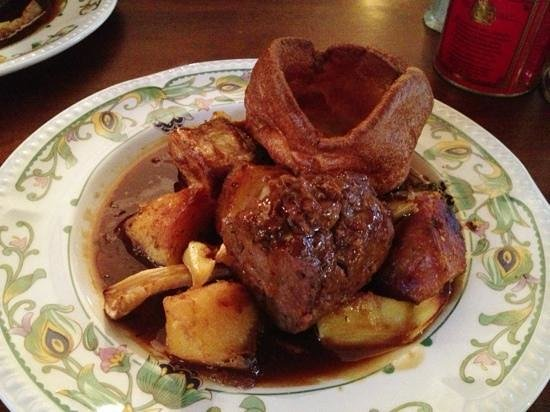 Somer's Town Coffee House: Sunday roast: lamb shoulder