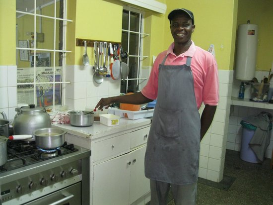 Sandavy Guest House - Kilimani : Kitchen of Sandavy Guest House and Chef Moses