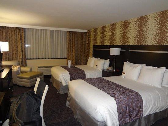 Strathallan - a DoubleTree by Hilton: Quartos com duas camas