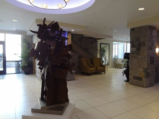 The Strathallan Rochester Hotel & Spa - a DoubleTree by Hilton: Interior do hotel