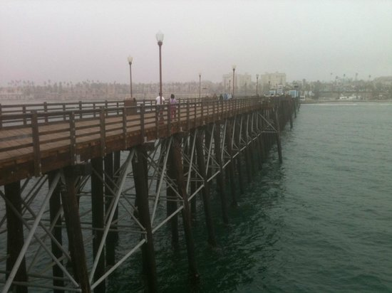 Holiday Inn Oceanside Camp Pendleton Area : The Pier