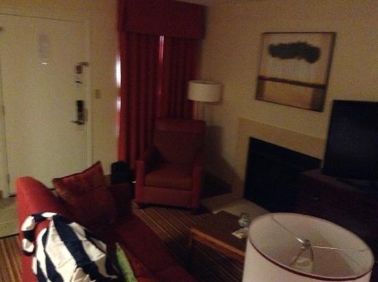 Residence Inn St. Louis Galleria: room