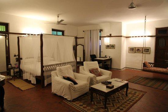 House Of Mangaldas Girdhardas: room