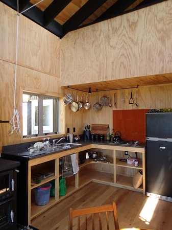 Wood Pigeon Lodge: kitchen