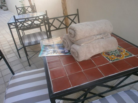 Casa Del Maya: towels set out by Steve for our trip to the Cenote