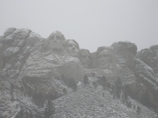 Holiday Inn Express Hotel & Suites Rapid City : Mt. Rushmore in the snow