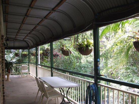 Rumbalara Bed and Breakfast: Veranda,gets early morning sun,breakfast served there.