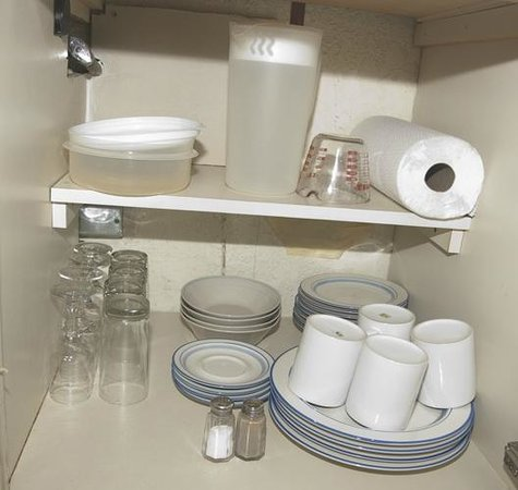 Charming Kuhio Banyan Club: Kitchen Supplies
