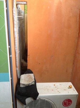 Lawana Resort: Badezimmer mit Schutt