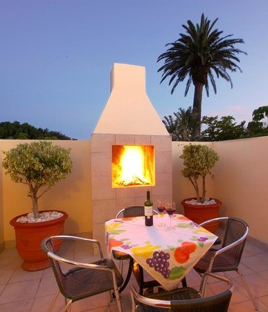 Margate Place Guest House: Private Patio / BBQ Area