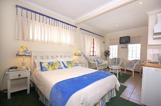 Margate Place Guest House: Bedsitter Unit