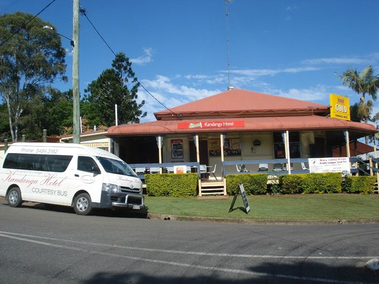 Amamoor Homestead: Kandanga Hotel and courtesy bus.