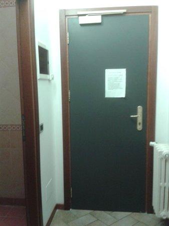 Villa Redenta: ingresso stanza