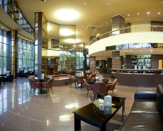 Swiss-Belhotel Varna: Lobby Bar