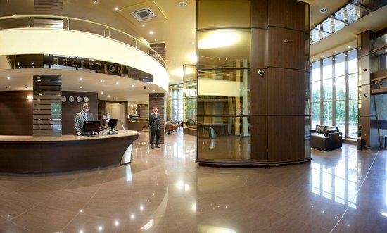 Swiss-Belhotel Varna: Reception