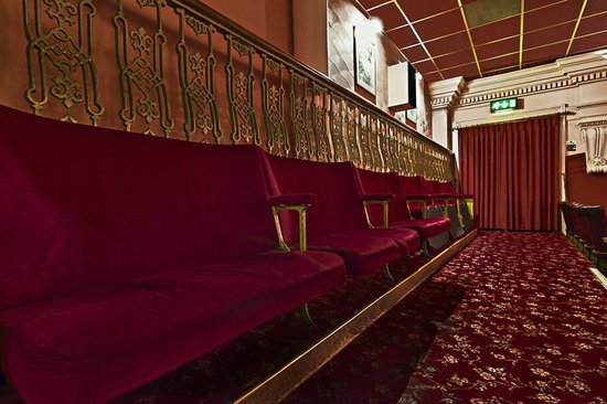 Silver Screen Cinema: Double seaters on the back row of the Cinema 1 balcony.