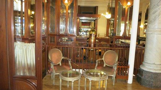 Grand Hotel Moderne : Entree de la salle de restauration