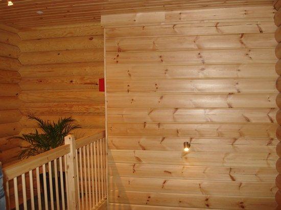 Le Pin Sylvestre: l'accès à la chambre