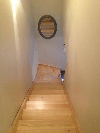 Demeure et Dependance : escalier étage