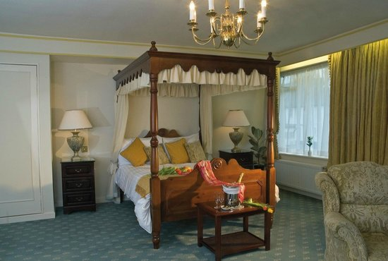 Hawkstone Park Hotel: Rooms and Suites