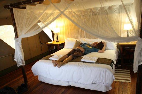 Rain Farm Game and Lodge: Inside the tent