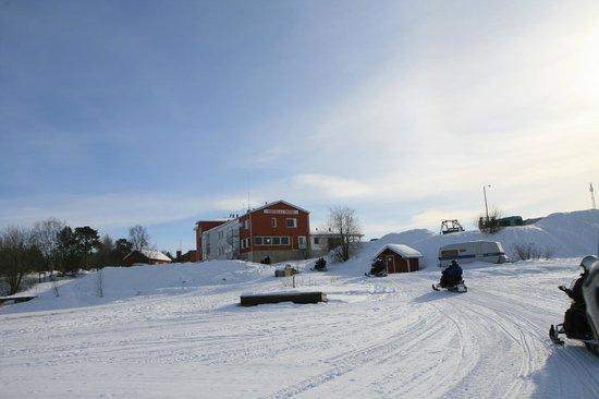 Excursión en motos de nieve (65128353)