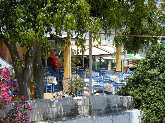 Steki Restaurant Koutouloufari