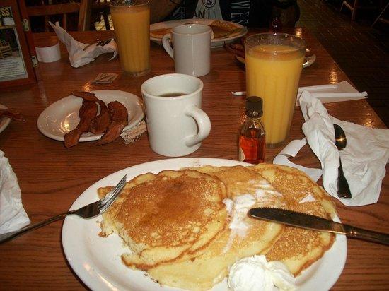 Cracker Barrel: pancakes