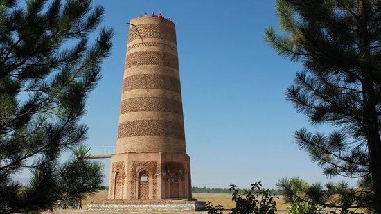 Tokmok, جمهورية قرغيزستان: Tokmok (Balasagun بلاساغون): Burana-Turm (Karakhanid Minarett)
