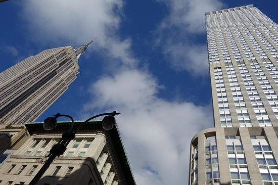 Langham Place, New York, Fifth Avenue: Setai/Empire State Building view from 5th