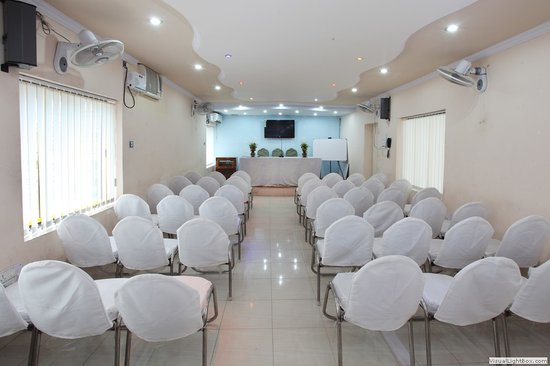 Hotel Santiniketan : CONFERENCE HALL
