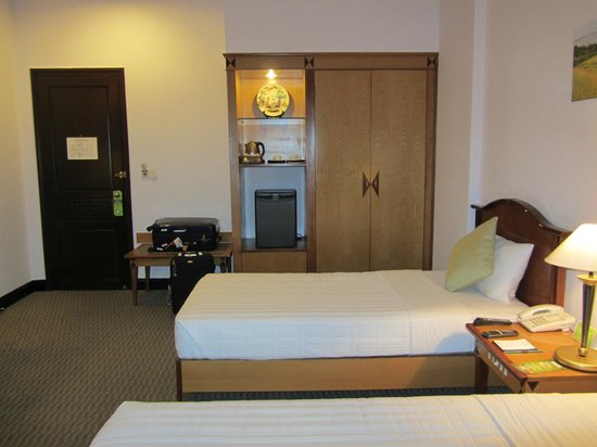 Liberty Hotel Saigon Parkview: Doppelzimmer im 4.Stock