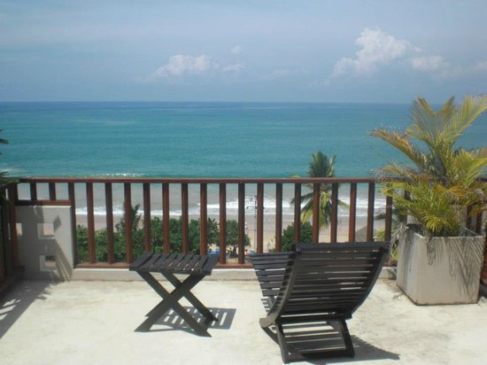 Hotel Silan Mo: Private balcony with view of Mirissa beach