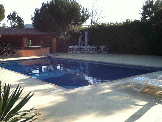 L'Etape Hotel Restaurant : leur piscine