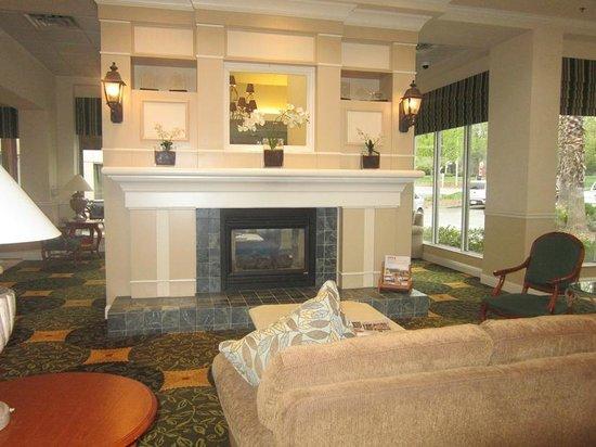 Hilton Garden Inn Redding : lobby